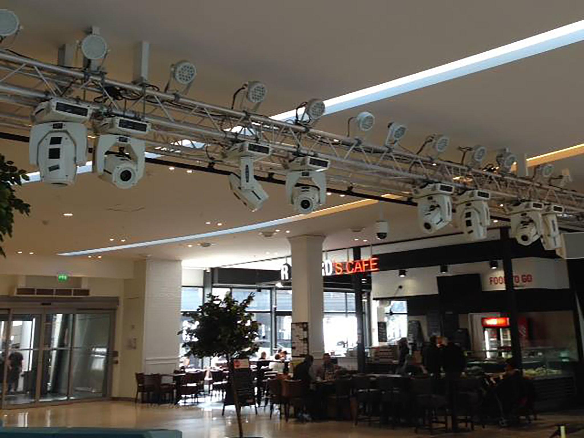 Pasc sono location de sonorisation et clairages for Location eclairage exterieur